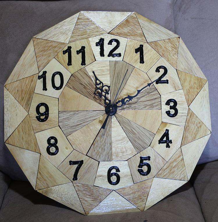 2020-04-25-Rex-A-Schildhouse-Clock-006-w